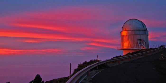 The discovery emission of the extremely energetic light particles was made with data from the telescopes MAGIC and NOT situated on the Canary Islands.  (Photo: NOT, Nordic Optical Telescope/Jyri Näränen)